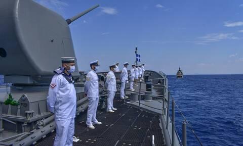 Πολεμικό Ναυτικό: Προκήρυξη για 100 θέσεις ΕΠ.ΟΠ. ειδικότητας βοηθού νοσηλευτικής