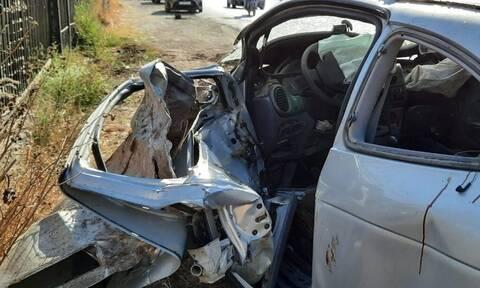 Ηράκλειο: Διασωληνωμένος 43χρονος μετά από τροχαίο - «Κομματιάστηκε» το αυτοκίνητό του (photos)