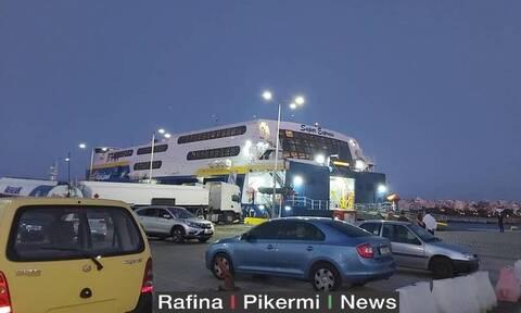 Ρεπορτάζ Newsbomb.gr: Κλιμάκιο του ΕΟΔΥ στην Ίο μετά τα κρούσματα σε 18άρηδες από κορονοπάρτι