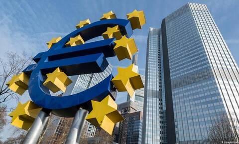 Νέα στρατηγική νομισματικής πολιτικής ενέκρινε η ΕΚΤ – Τι αλλάζει