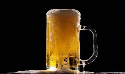 Δέκα χρήσεις της μπίρας στο σπίτι εξαιρετικά χρήσιμες