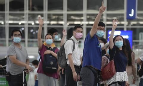 Βρετανία: Σχεδιο άρσης της καραντίνας για τους πλήρως εμβολιασμένους τουρίστες