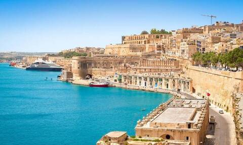 Μάλτα - Κορονοϊός: Η πρώτη χώρα της ΕΕ που απαγορεύει την είσοδο στους ανεμβολίαστους