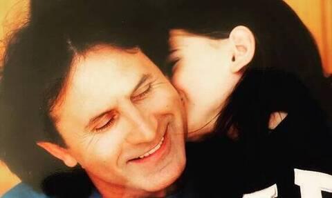 Γιώργος Νταλάρας: Η φωτογραφία και οι ευχές για τα γενέθλια της κόρης του