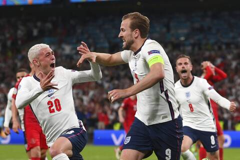 Euro 2020: Η Σκωτία στηρίζει Ιταλία - «Μαντσίνι, είσαι η τελευταία ελπίδα», γράφει η «The National»