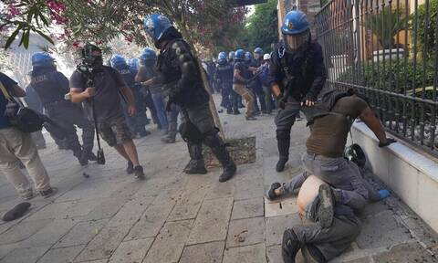 Iταλία-G20: Ένταση μεταξύ αστυνομίας και διαδηλωτών κατά τη συνεδρίαση της Ομάδας των Είκοσι