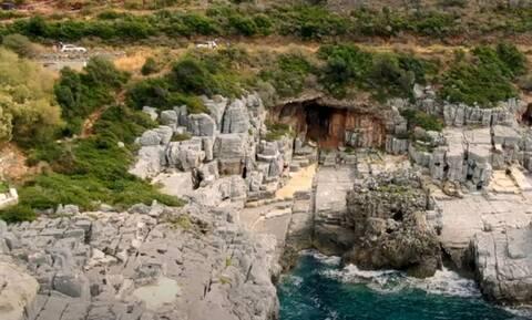 Καταφύγι: Η πιο «άγρια» παραλία της Ελλάδας