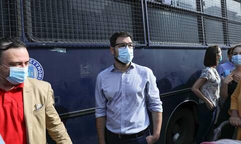 Ηλιόπουλος: Επικίνδυνος για την ασφάλεια των πολιτών ο Χρυσοχοΐδης