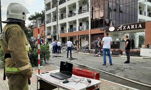 В МЧС заявили, что в результате взрыва газа в гостинице в Геленджике пострадали пятеро