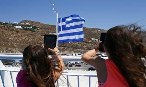Γερμανική «ένεση» στον ελληνικό τουρισμό με 260.000 αφίξεις επισκεπτών τον Ιούνιο