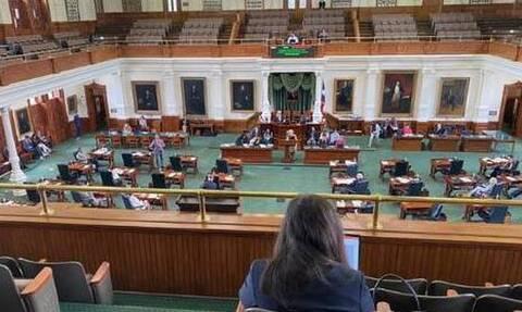 ΗΠΑ: Πάνω από 50 Δημοκρατικοί βουλευτές εγκατέλειψαν το Τέξας για να εμποδίσουν την ψήφιση ν/σ