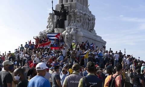 Κούβα: Ένας νεκρός και αρκετοί τραυματίες στις αντικυβερνητικές διαδηλώσεις