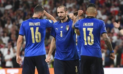 Euro 2020: «Καταράστηκε» ο Κιελίνι τον Σακά στο τελευταίο πέναλτι του τελικού;