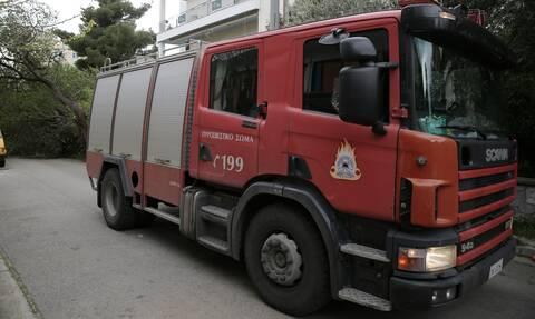 Φωτιά σε μονοκατοικία στο Χαλάνδρι - Χωρίς τις αισθήσεις του ένας άνδρας