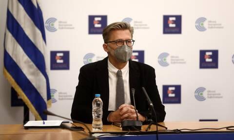 Σκέρτσος: «Τείχος ανοσίας με πειθώ, επιβράβευση και υποχρεωτικότητα»