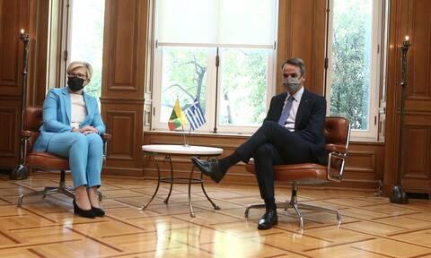 Μητσοτάκης σε Λιθουανή Πρωθυπουργό: Η Ελλάδα δεσμεύεται σε προστασία των συνόρων της