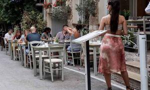 В Греции с сегодняшнего дня изменился принцип работы общепита