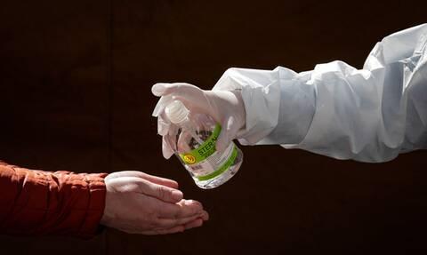 В РФ снова обновлен суточный антирекорд по смертности от COVID-19