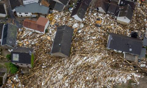 Ευρώπη πλημμύρες: Δεκάδες νεκροί, εκατοντάδες αγνοούμενοι, ανυπολόγιστες καταστροφές- Εικόνες χάους