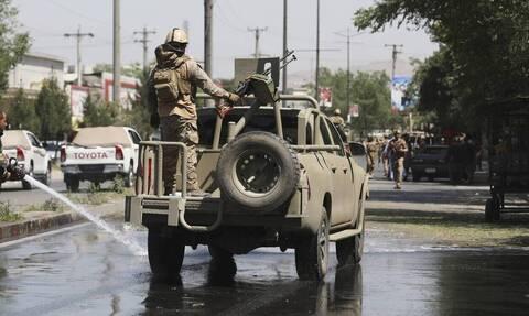 Αφγανιστάν: Άγνωστοι απήγαγαν για αρκετές ώρες, την κόρη του Αφγανού πρεσβευτή στο Πακιστάν
