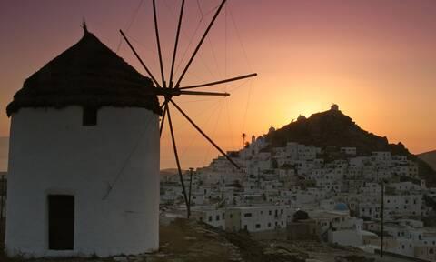 Ρεπορτάζ Newsbomb.gr στην Ίο: Ανησυχία στο νησί - Δυο νεαροί νεκροί μετά από διασκέδαση