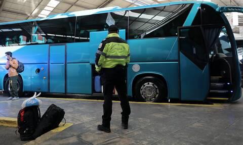 Τρόμος σε λεωφορείο στην Καβάλα – Γυναίκα μαχαίρωσε επιβάτη