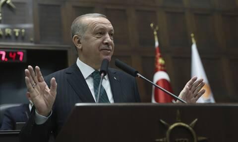 Ακραίες προκλήσεις Ερντογάν από τα Κατεχόμενα: «Έπος το '74» και στήριξη Τατάρ - «Βέλη» στην Ελλάδα