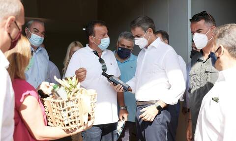PM Mitsotakis visits new waste processing plant in Arcadia