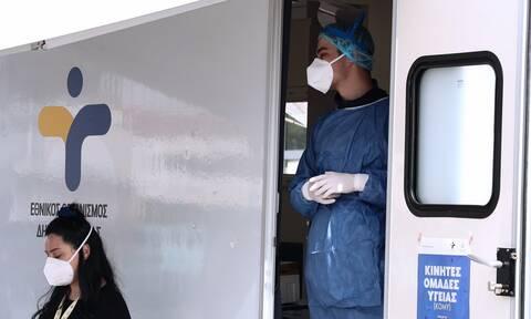 Παναγιωτόπουλος: Δύσκολα αποφεύγεται ο ιός - Είτε ανοσία μέσω εμβολίου είτε μέσω νόσησης