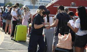 В Греции опасаются ухудшения статистики по коронавирусу в разгар сезона отпусков