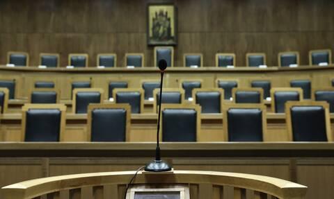 Συνεχίζεται η «κόντρα» μεταξύ δικηγόρων και Αρείου Πάγου