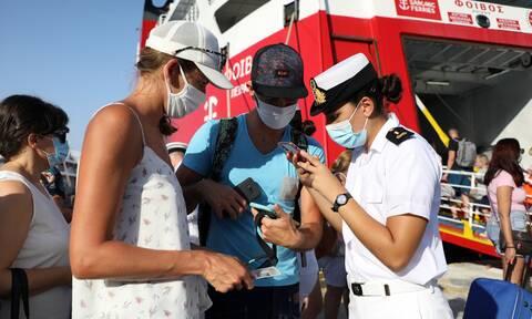 Παγώνη στο Newsbomb.gr: Με αυστηρούς ελέγχους και τεστ στα νησιά – Ορατός ο κίνδυνος νέων lockdown