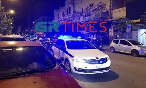 Θεσσαλονίκη: Πυροβολισμοί στην Ερμού – Ένας τραυματίας