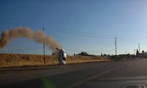Δείτε απίστευτο ατύχημα με… ιπτάμενο αυτοκίνητο