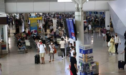 Αύξηση 286,2% εμφάνισαν οι ταξιδιωτικές εισπράξεις τον Μάιο
