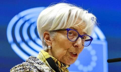 ΕΚΤ: Επιταχύνει τις αγορές ομολόγων, εστιάζει σε πληθωρισμό 2%