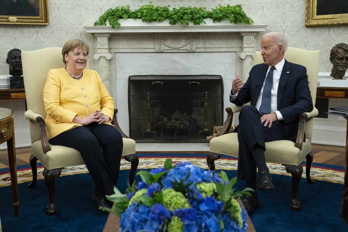 Η Άνγκελα Μέρκελ με τον πρόεδρο των ΗΠΑ, Τζο Μπάιντεν