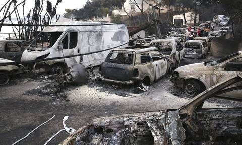 Μάτι: «Μας άφησαν να καούμε ζωντανοί», «η οργή μεγαλώνει» ξεσπούν οι συγγενείς των 102 νεκρών