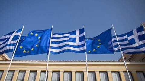 Υπεγράφη η συμφωνία χρηματοδότησης της Ελλάδας από την ΕΕ- «Κλείδωσαν» τα πρώτα 13, 5 δισ. ευρώ