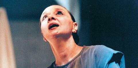 Το ελληνικό θέατρο αποχαιρετά τη σπουδαία Μάγια Λυμπεροπούλου