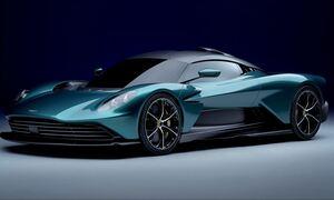Η θεϊκή Aston Martin Valhalla αγγίζει τους 950 ίππους