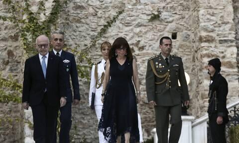 Αποκατάσταση της Δημοκρατίας: Ποιους κάλεσε η Σακελλαροπούλου στο Προεδρικό - Τα πρόσωπα έκπληξη