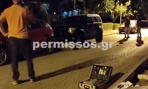 Μαφιόζικη εκτέλεση στη Θήβα: Τον «γάζωσαν» με επτά σφαίρες έξω από το σπίτι του (vid)