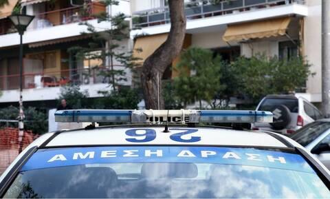 Θεσσαλονίκη: Αστυνομικοί έσωσαν γυναίκα που απειλούσε να πέσει στο κενό