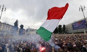 Ιταλία: Αρνητές του κορονοϊού διαδήλωσαν στη Ρώμη