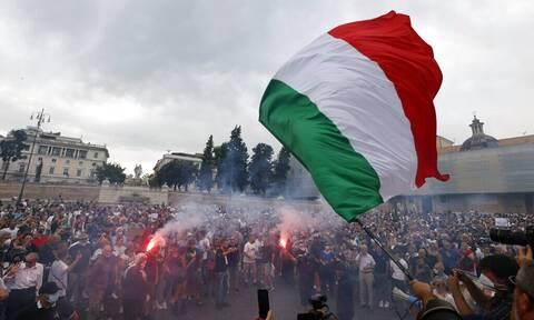 Ιταλία: Ένταση στη Ρώμη μετά την ολοκλήρωση της κινητοποίησης των αντιεμβολιαστών