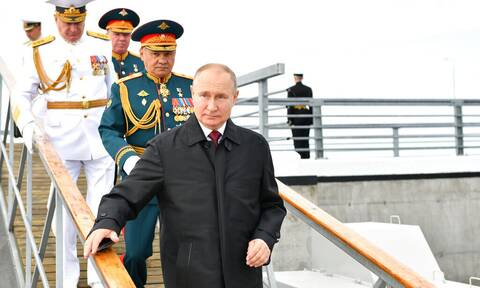 Πούτιν: Εκθειάζει τον ρωσικό στόλο - «Ικανός να καταστρέψει οποιονδήποτε στόχο»