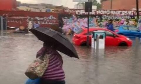 Βρετανία: Καταρρακτώδεις βροχές και πλημμύρες στο Λονδίνο