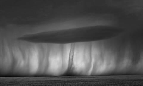 Η απειλητική φύση μέσα από τον φακό του Mitch Dobrowner