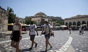 Κρούσματα σήμερα: 671 νέες μολύνσεις στην Αττική, 262 στη Θεσσαλονίκη και 233 στην Κρήτη